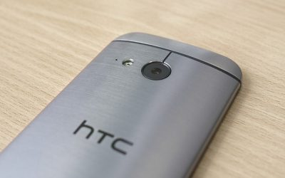 HTC stops UK phone sales after patent battle